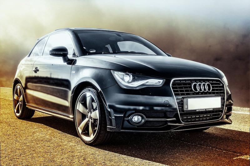 Nowy samochód Audi