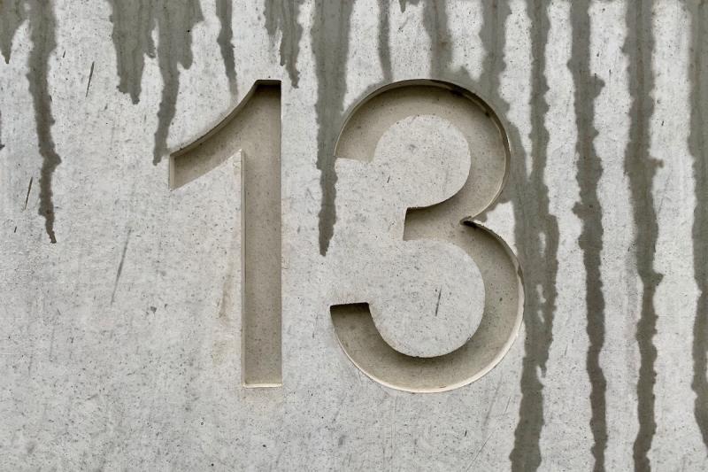 Trzynaście