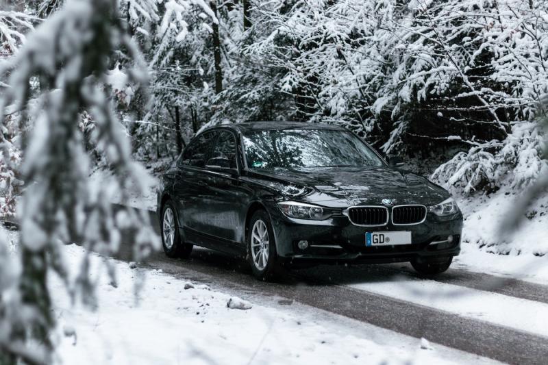 Auto zimą