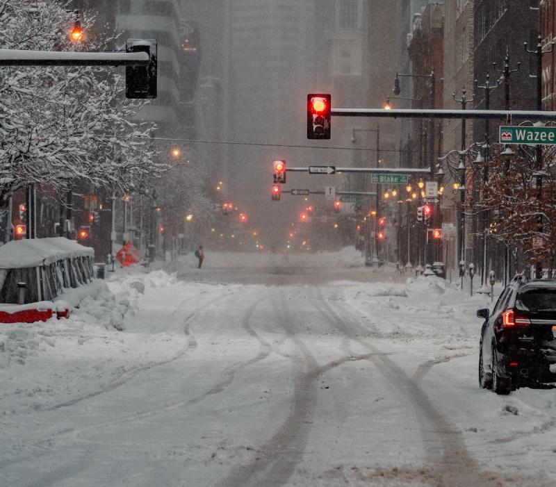 Śnieżyca w mieście